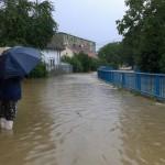 Inundatiile pot fi oprite doar cu investitii