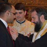 """Crucea """"Episcop Elie Miron Cristea"""" pentru doctorul Singh"""