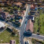 Se asfaltează străzile promise în 2020 la Caransebeș