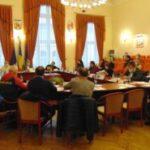 La Caransebeş, şedinţele de Consiliu local se vor putea desfăşura şi online
