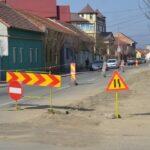 Calvar pentru șoferi la Caransebeș! AquaCaraș bagă canalizarea!